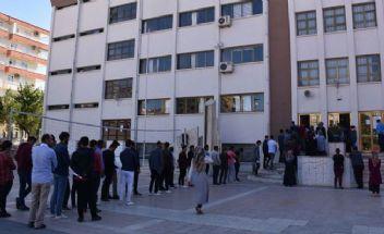 Atatürk'e 'şeytan' diyen öğretmen gözaltına alındı