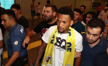 Fenerbahçe'nin yeni transferinde beklenmedik gelişme