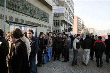 İşsizlik hızla artarken; bu yıl sadece 626 bin kişiye işsizlik maaşı bağlandı