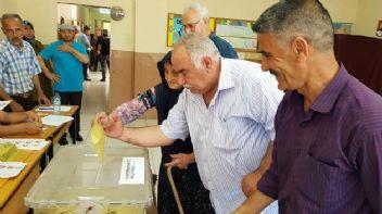 Son seçimde sadece 22 bin Suriyeli oy kullanmış!