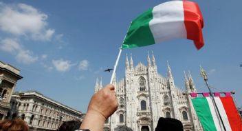 İtalyanlar Avrupa Birliği'nden çıkmak istiyor