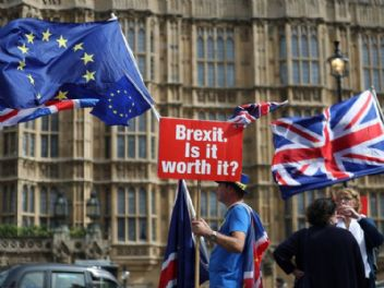 İngiltere, Avrupa Birliği'ne boşanma tazminatı ödeyecek