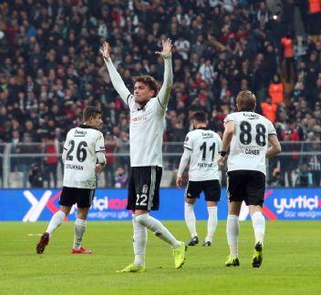 Beşiktaş'ta yedekler, as oyuncuları aratmadı