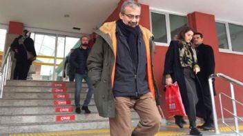 Sırrı Süreyya Önder'in cezası onandı teslim oldu