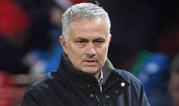 Manchester United ile Jose Mourinho'un yolları ayrıldı