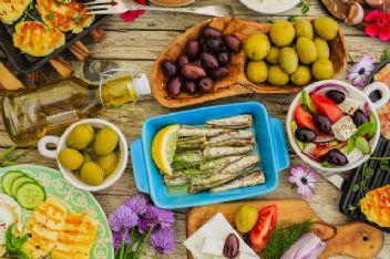 Kansere karşı koruyucu etki oluşturan besinler nelerdir?