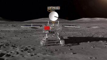 Ay'ın karanlık yüzü ilk defa görüntülendi