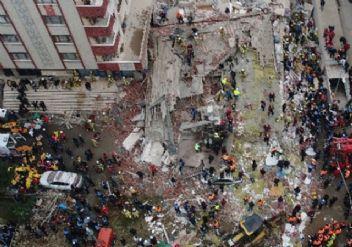 Kartal'da çöken binada 3 zanlıya gözaltı