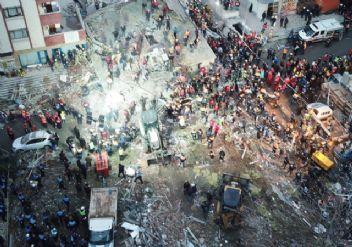 Kartal'da çöken binaya 2 tutuklama