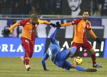 Galatasaray 8 puan geride