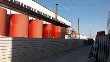 Atık yağlardan kaçak akaryakıt üretilen fabrikaya baskın