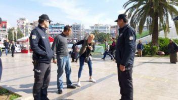 Aydın'da bir kadın taksiciyi rehin aldı