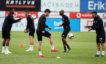 Beşiktaş'ta  Alanyaspor maçı hazırlıkları sürüyor
