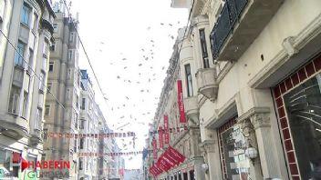 İstiklal Caddesi'ne para saçıldı!