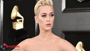 Katy Perry yeni parçasını tuvaletten duyurdu