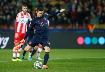 Lewandowski'den 15 dakikada 4 gol